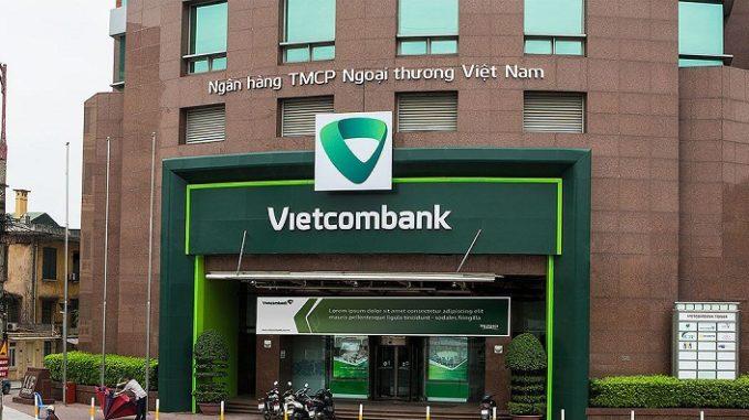 Vietcombank nói gì vụ khách hàng mất 50 triệu đồng vì một đường link giả mạo?