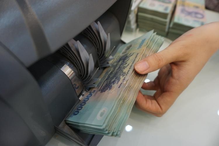 Ngân hàng cạn ''room'' tín dụng